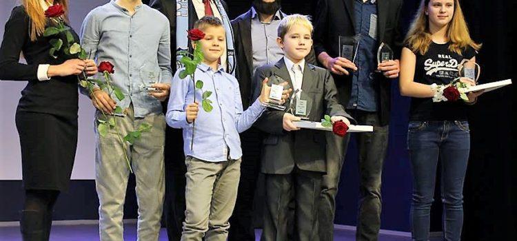 Награждение лучших спортсменов города Маарду 2016