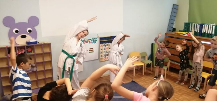 Kivimurru Lasteaia kasvandikud tutvusid taekwondo alustega
