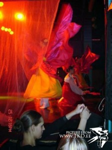ShowDance '2004 â Dekolte