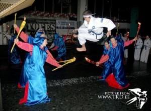 ShowDance '2004 â Dekolte 0